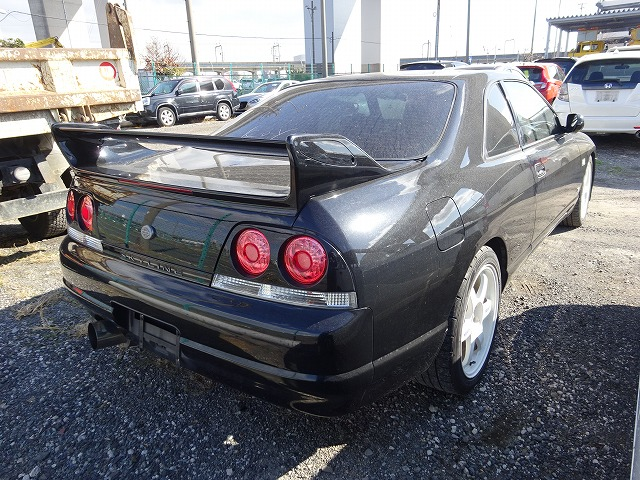 Nissan Skyline R33 GTS-T 1997 - Heck 2